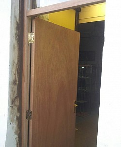Install fire door and frame victoria mill